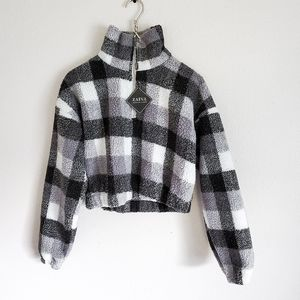 NWT plaid sherpa cropped quarter zip size small